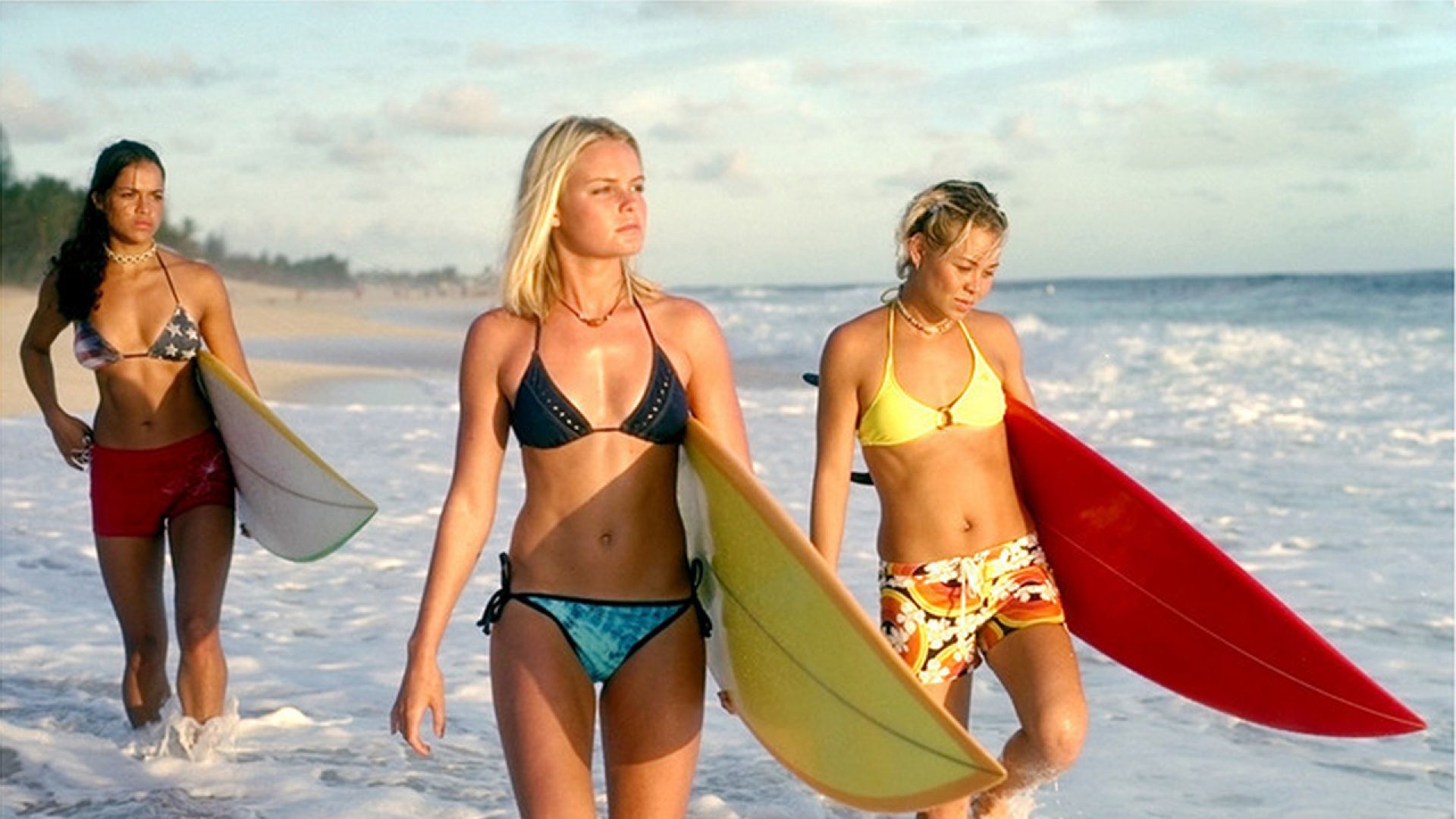 Sanoe lake bikini pic